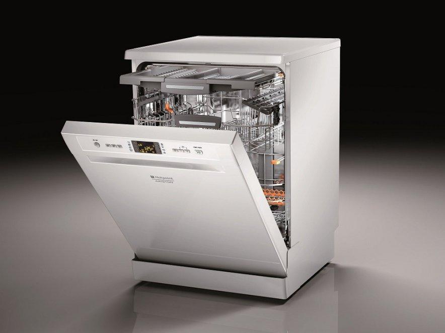 Дизайн посудомоесчной машины HOTPOINT ARISTON LFF 8S112 X EU