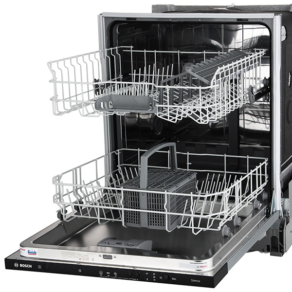 Внутренее пространство посудомойки Bosch SMV30D20RU
