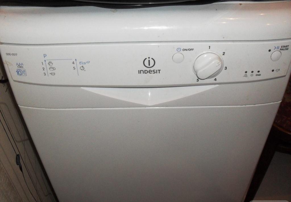 Панель управления посудомойки Индезит DSG 0517
